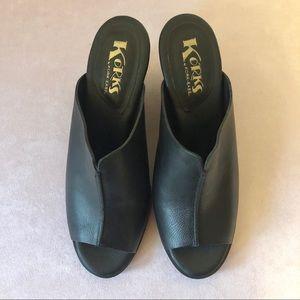 Korks Black Leather Open Toe Mules 9